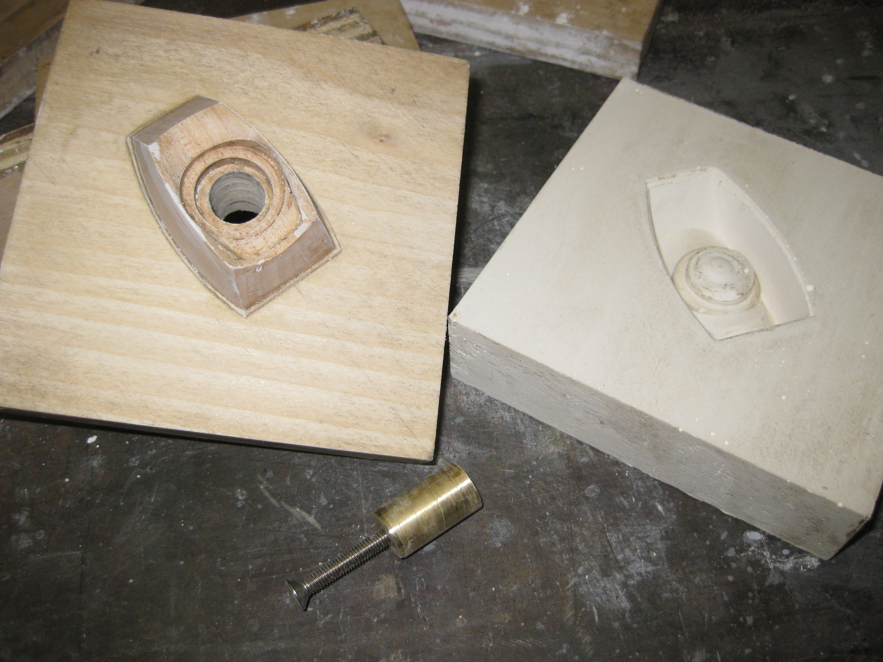 pattern with core pin and plaster mold