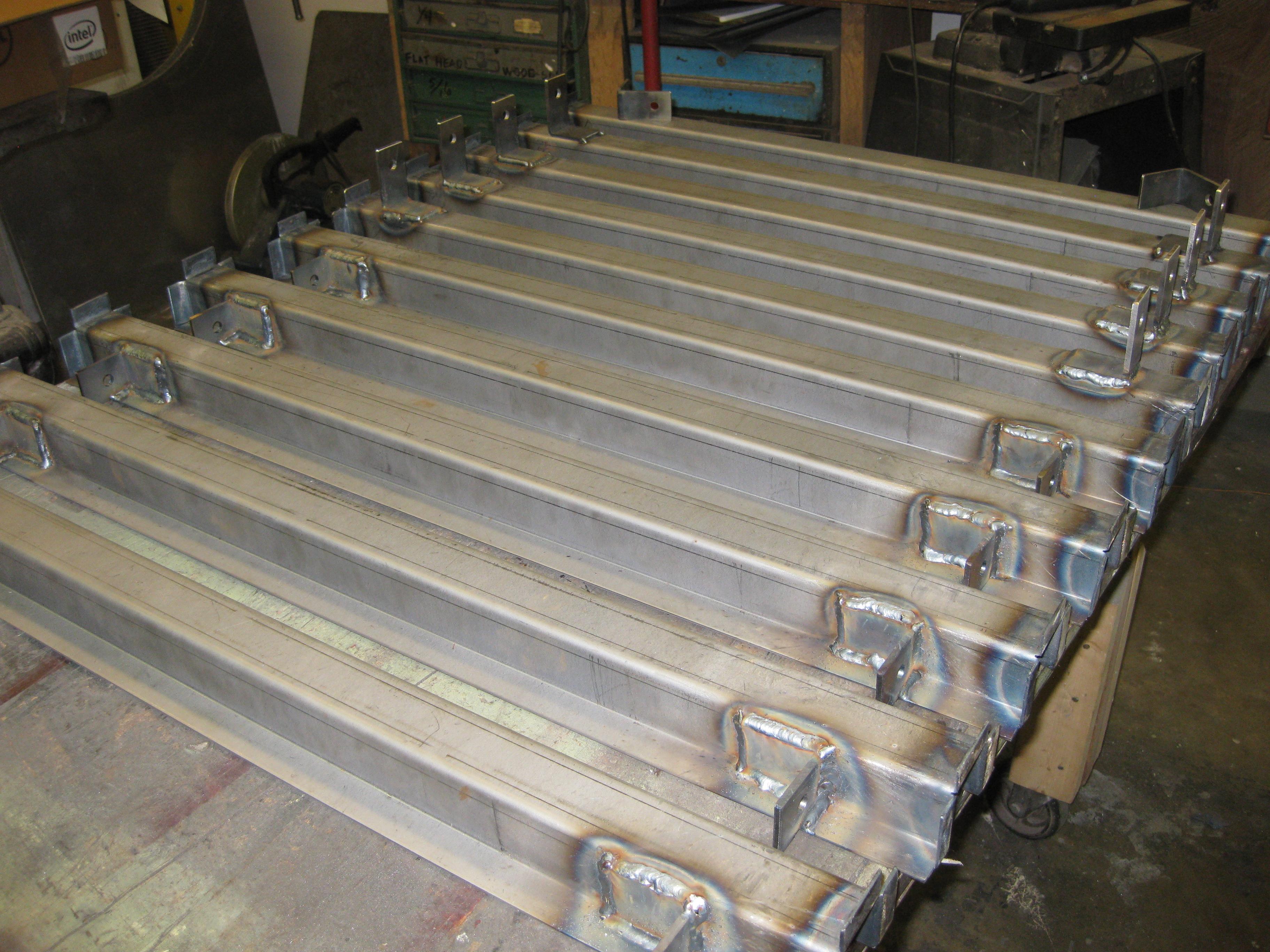 14-10-10_chassisfab-3